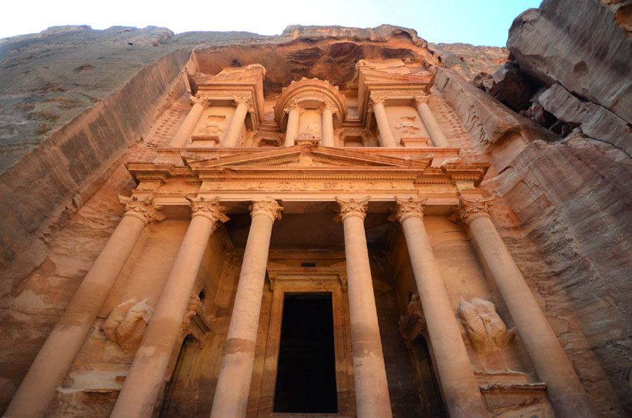 Lost-City-of-Petra